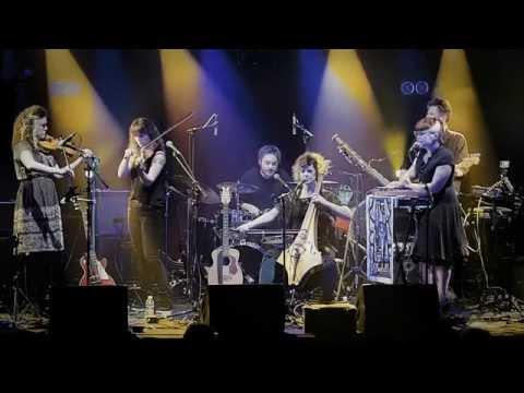 Moulettes - Lady Vengeance (Live in Paris)